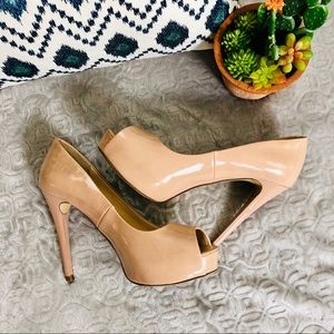 """$8 or 3 for $20‼️CLEARANCE‼️Guess 5"""" Heels"""